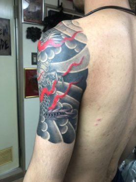 和彫り 龍 左肩3